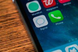 5 motivos de seguridad para cambiarte de WhatsApp a Signal