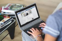 Cómo controlar las noticias que ves en Facebook